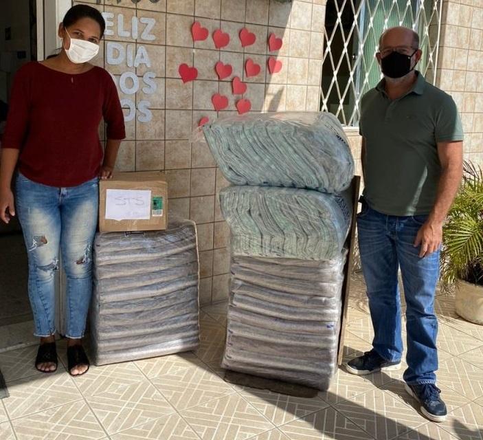 Núcleos da Comjovem São Paulo entregam doações da campanha do agasalho